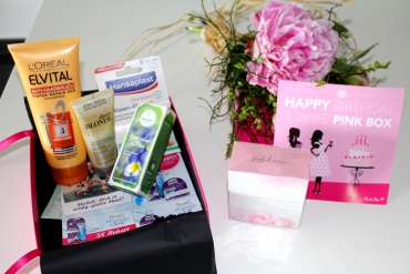 Fashioncircuz by Jenny WHAT-S-IN-MY-PINK-BOX-370x247 WHAT'S IN MY PINK BOX?