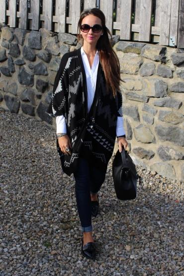 Fashioncircuz by Jenny fc3-370x556 PONCHO LOVE