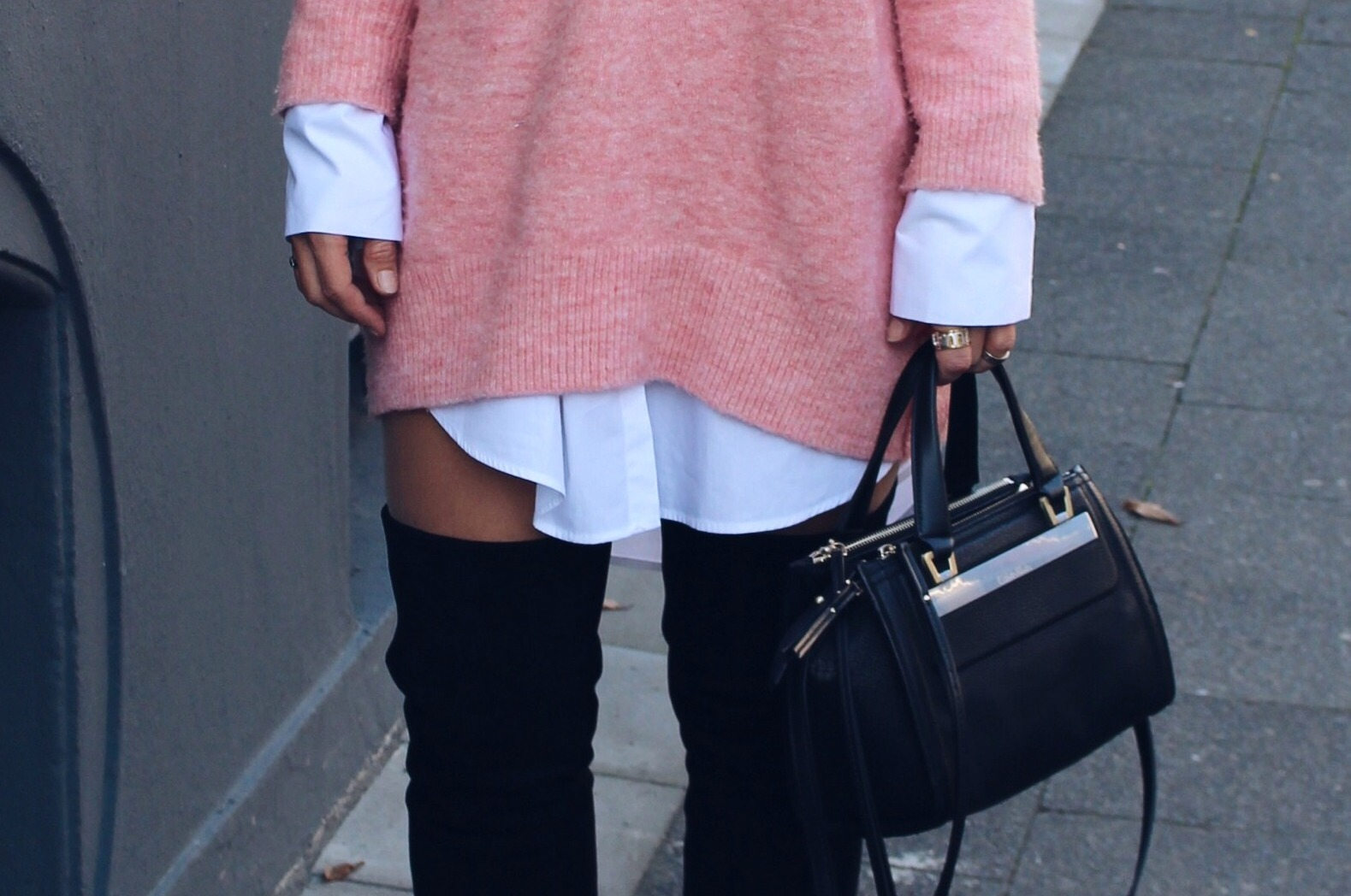 Fashioncircuz by Jenny details-fashionblog IN OVERSIZED PULLOVER UND OVERKNEES DURCH DEN HERBST